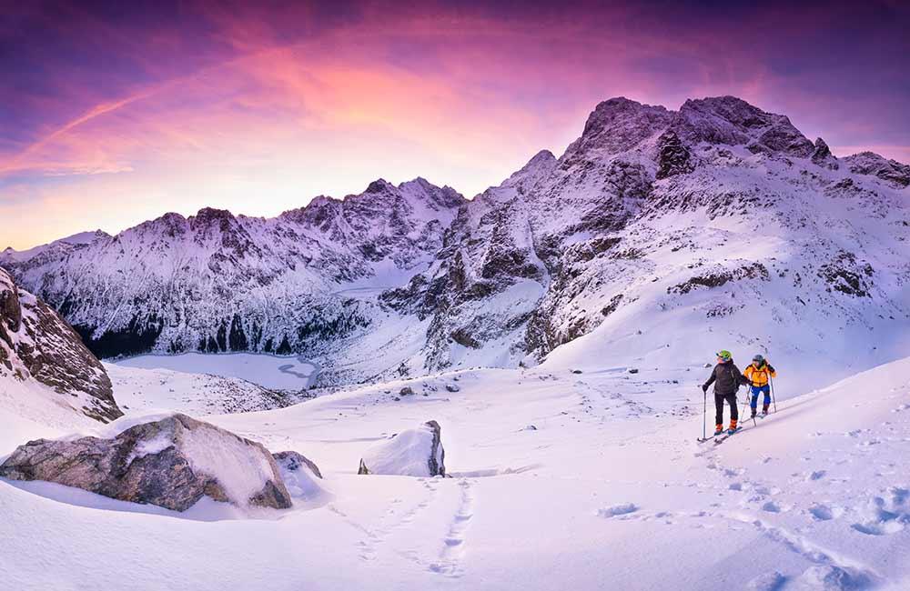 zachód słońca na skiturach
