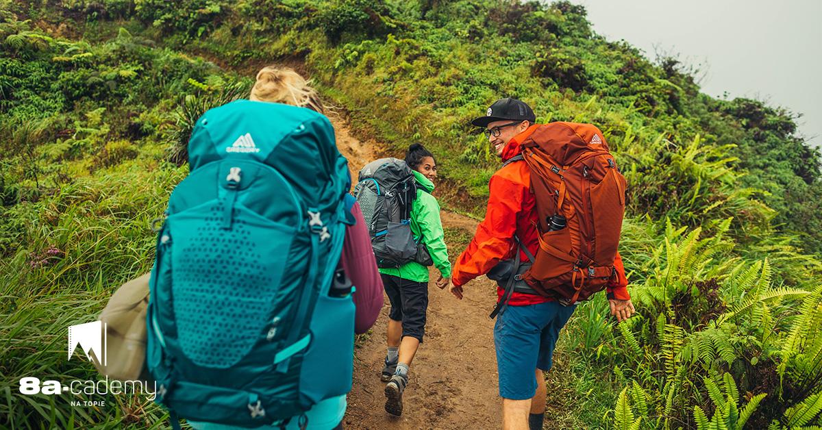 11c7022ba3eea Jaki plecak na wakacje  Sprawdzamy średnie i duże plecaki.