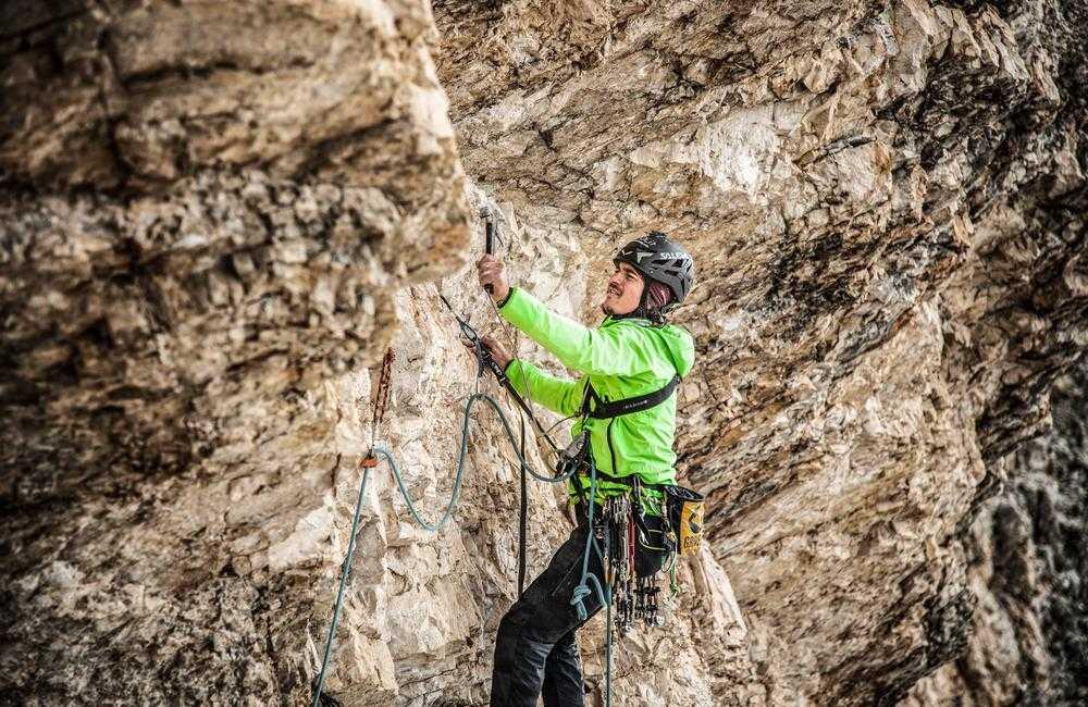 Rodzaje wspinaczki: wspinaczka hakowa