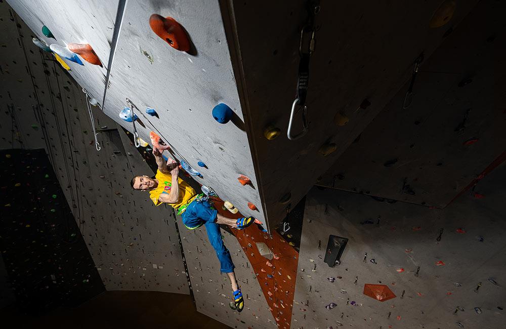 Wspinanie na ściance vs wspinanie w skałach