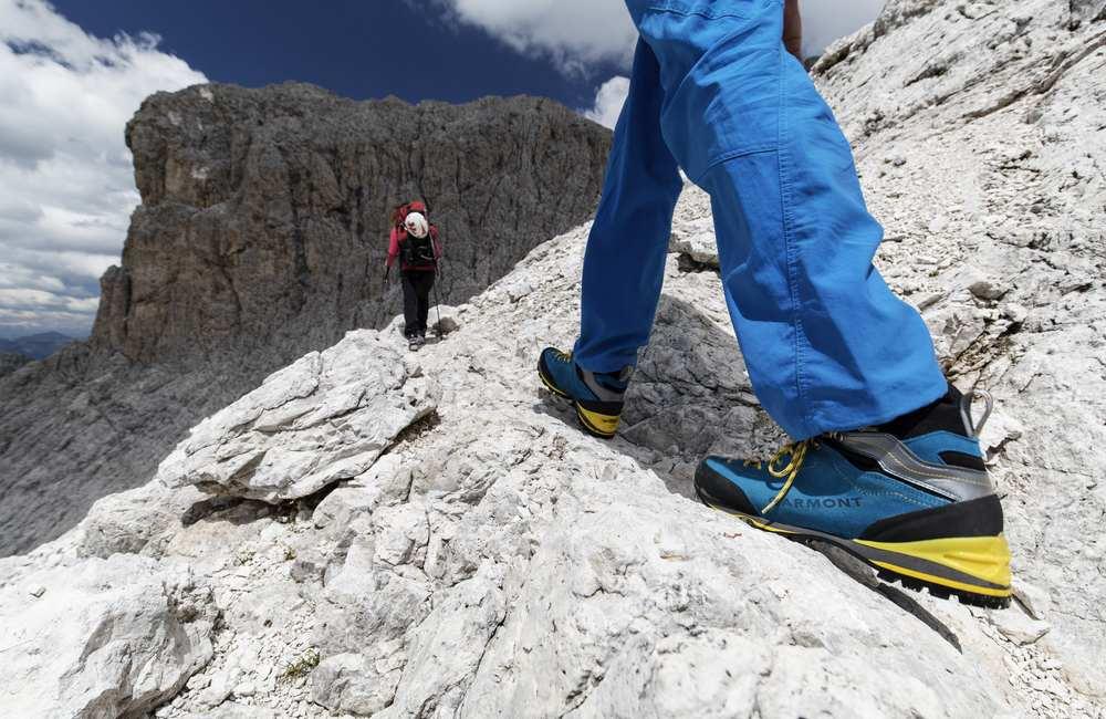 Jakie spodnie latem w góry