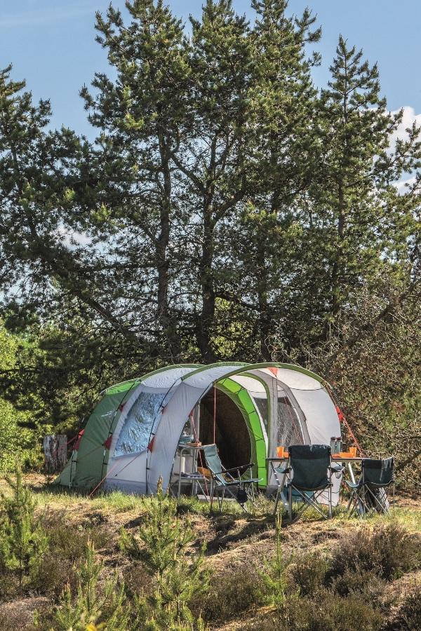 większy namiot 3 osobowy