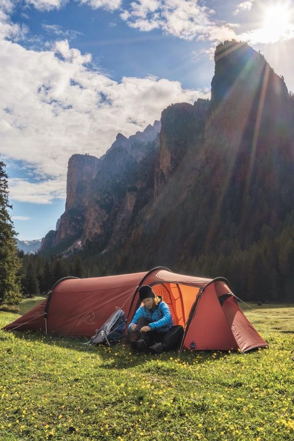 jaki namiot 3 osobowy z większym przedsionkiem