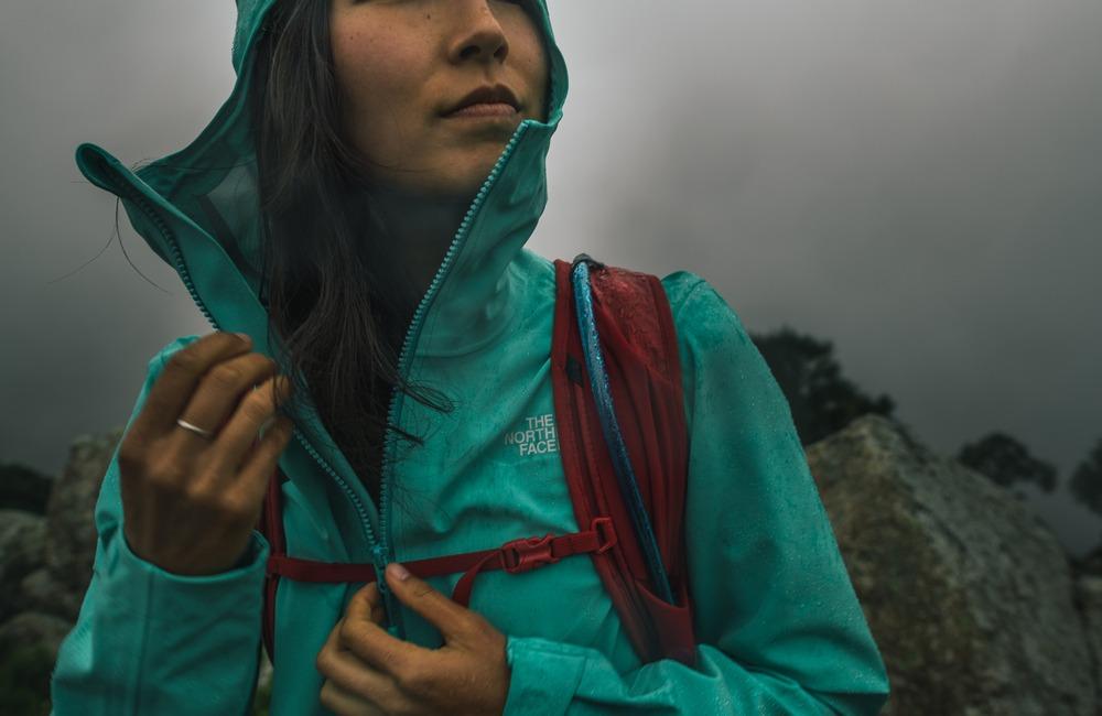 kurtka przeciwdeszczowa The North Face z podklejanymi szwami