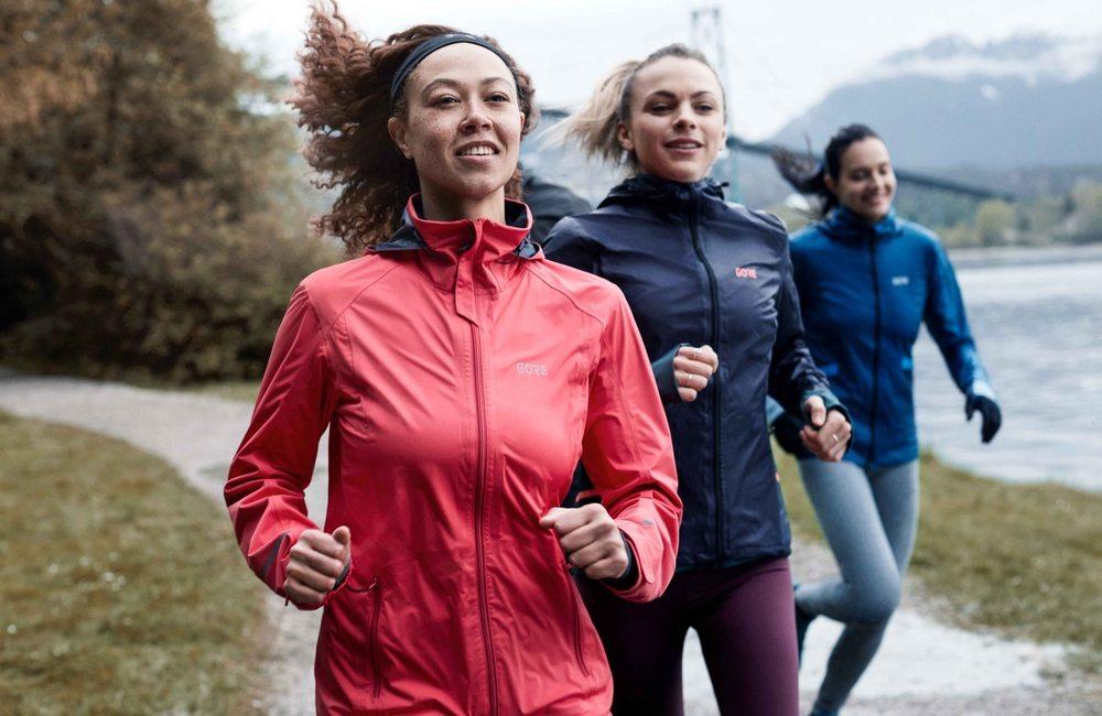 Bieganie jesienią, w czym biegać