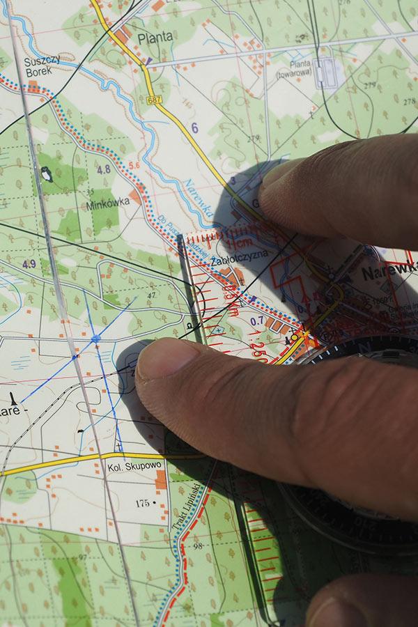 Jak korzystać z kompasu i mapy?