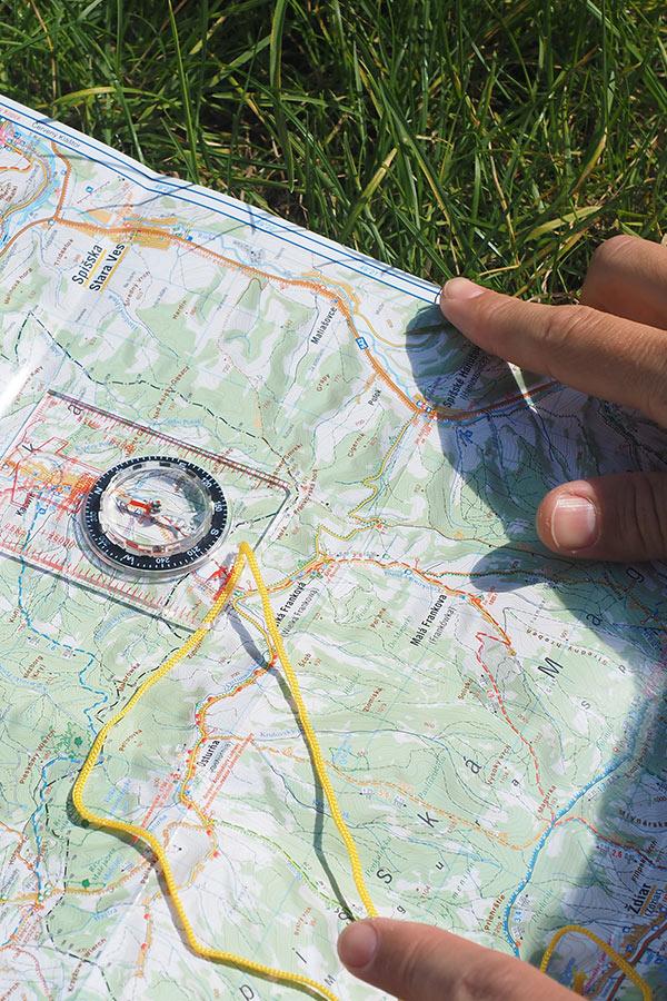 Jak ustawić kompas