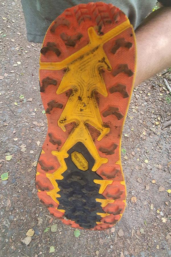 podeszwa butów biegowych Hoka One One