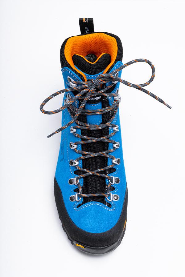 wiązanie butów trekkingowych