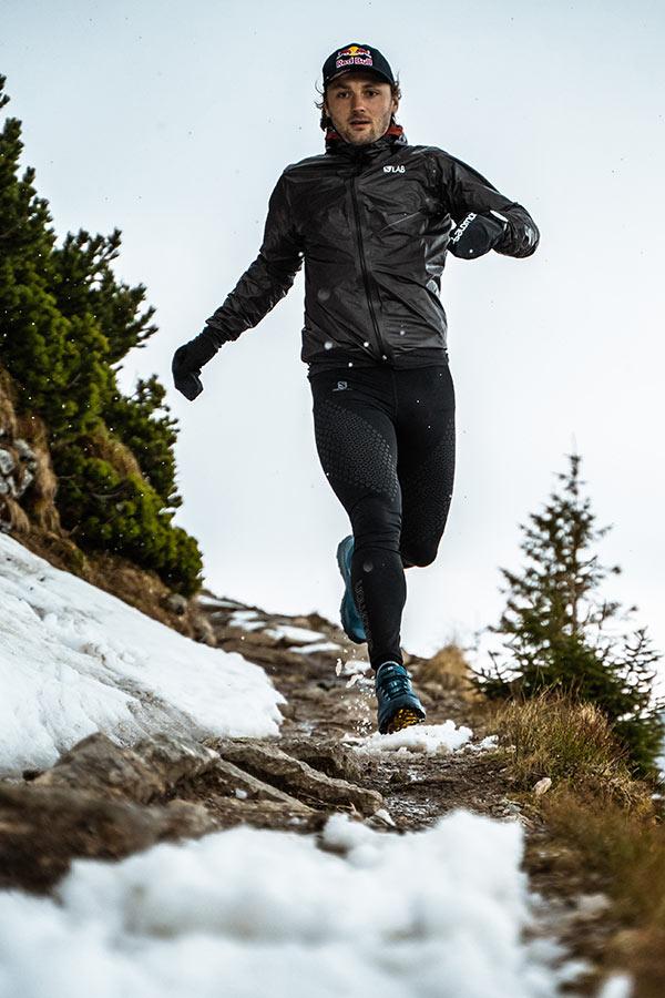 trailowy trening zimą w wykonaniu Andrzeja Bargiela
