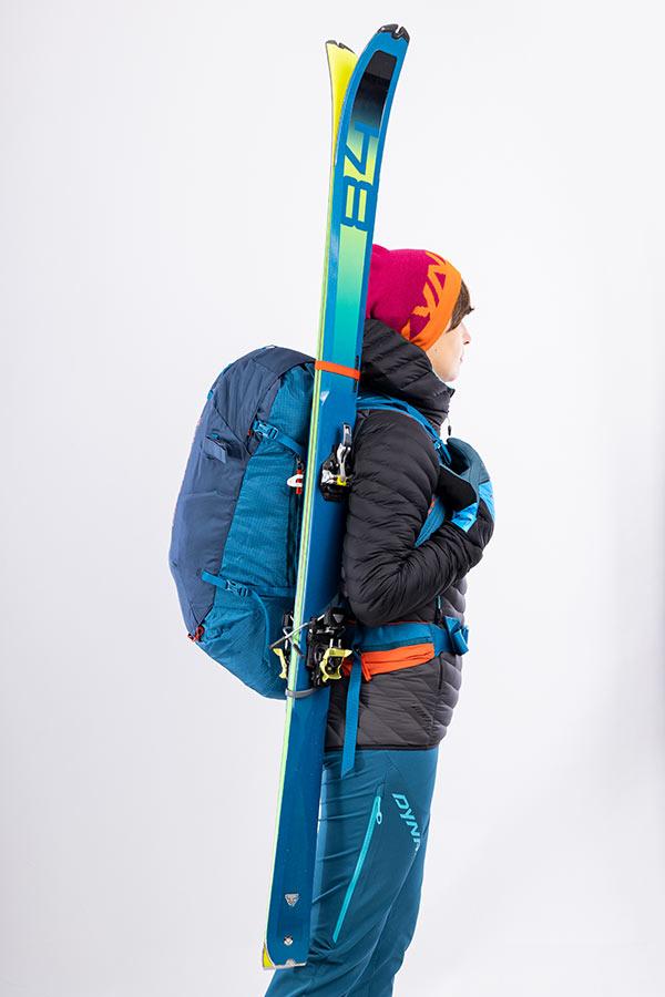 mocowanie dwóch nart