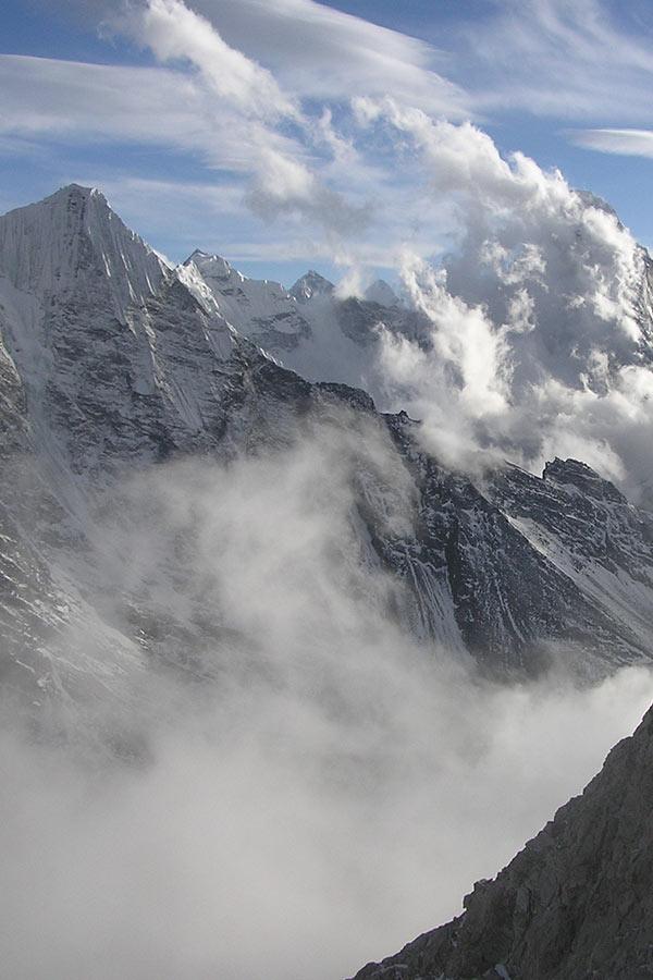najwyższe góry świata krajobraz