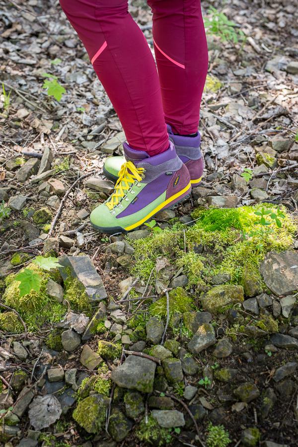 test butów trekkingowych Aku