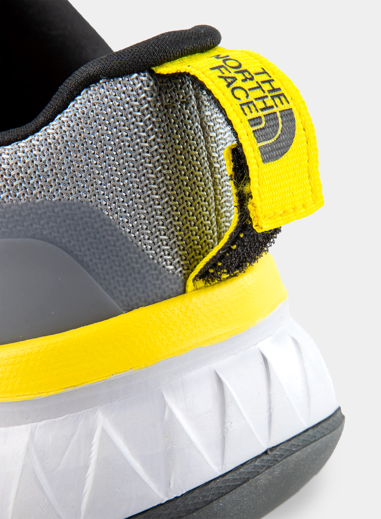 Buty The North Face Ultra Traction FUTURELIGHT™ - grey - zdjęcie nr. 7