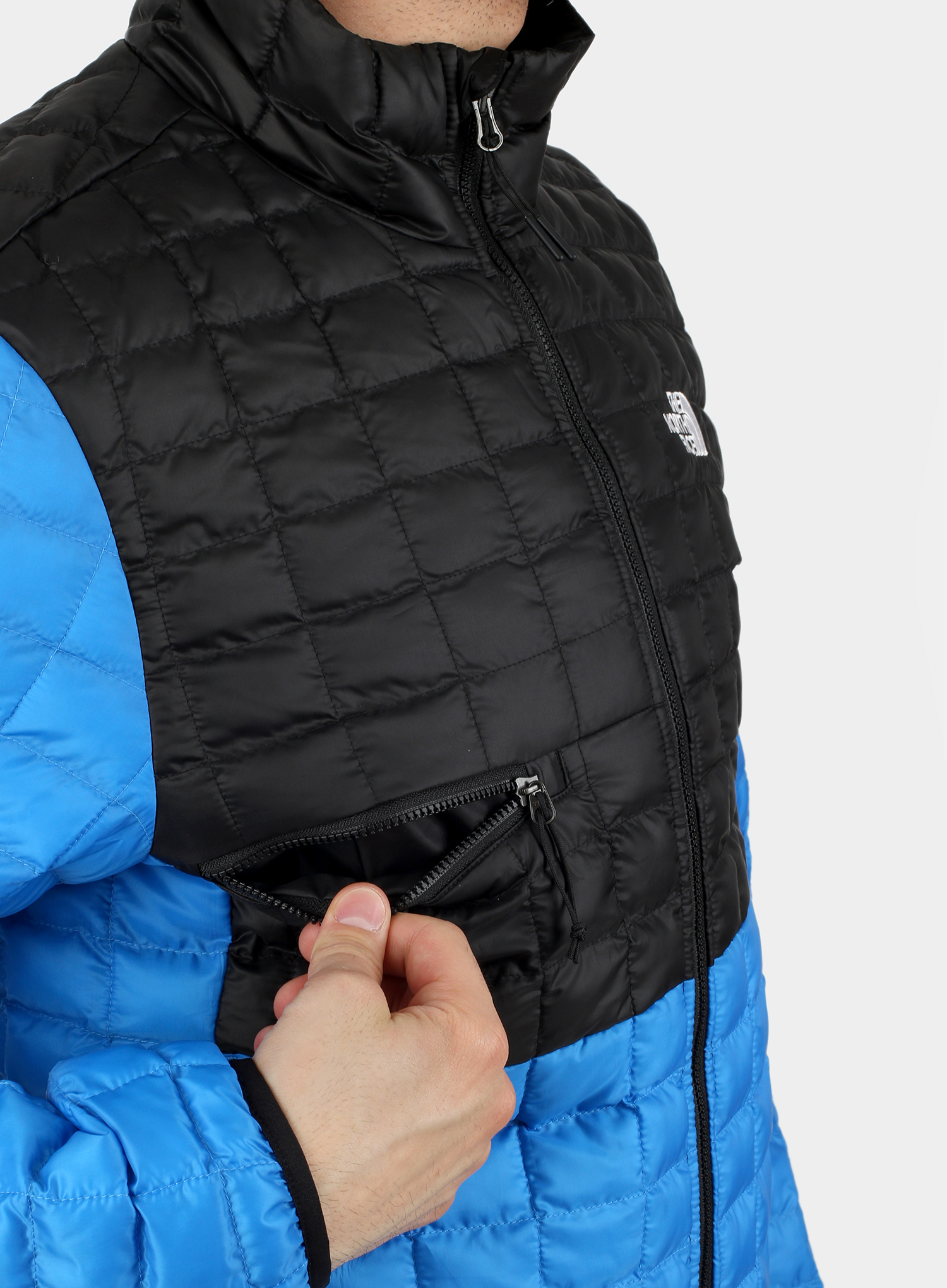 Kurtka The North Face ThermoBall Eco Active Jacket - l.blue/blk - zdjęcie nr. 10