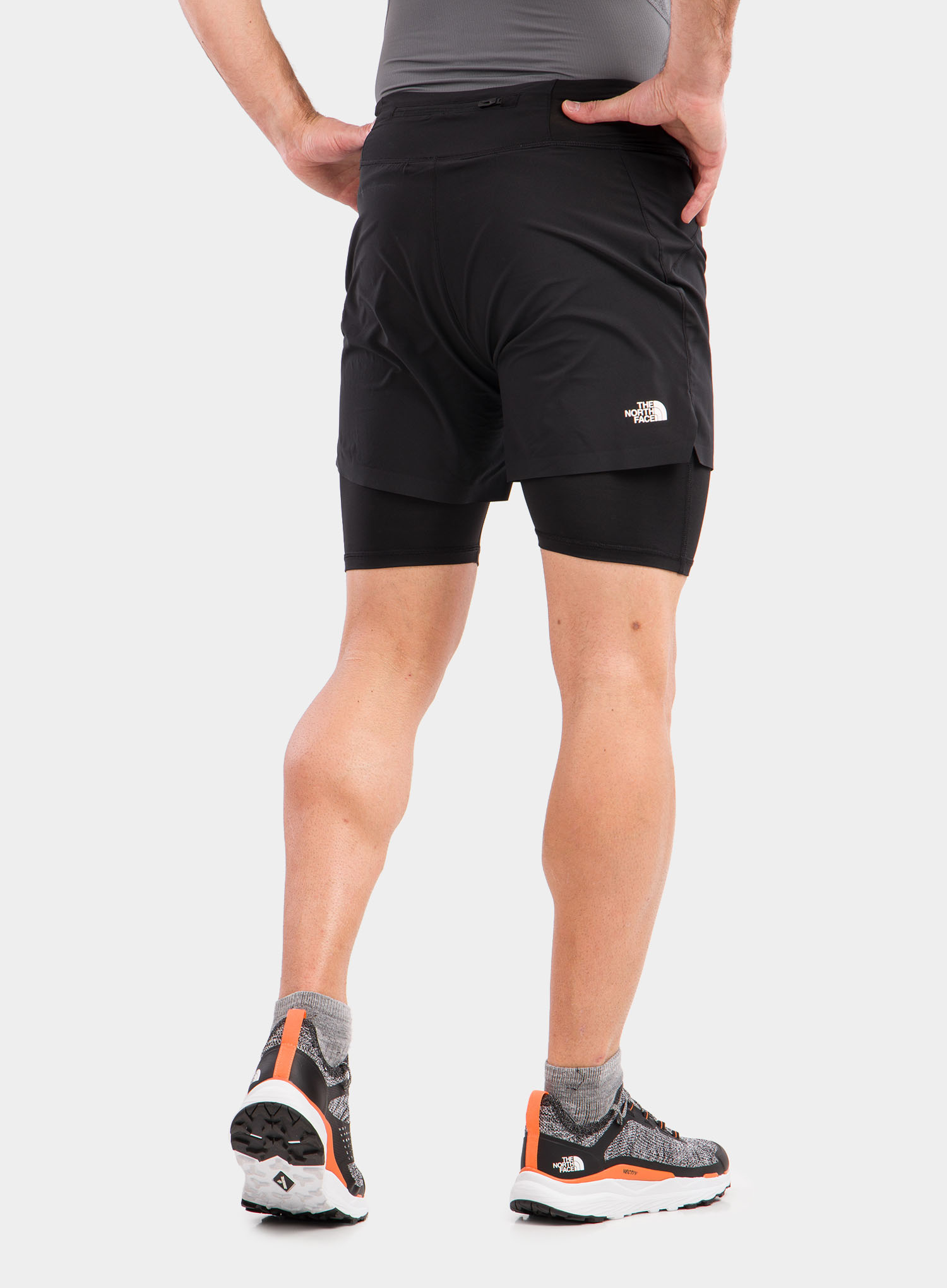 Spodenki The North Face Circadian Comp Lined Short - black - zdjęcie nr. 2