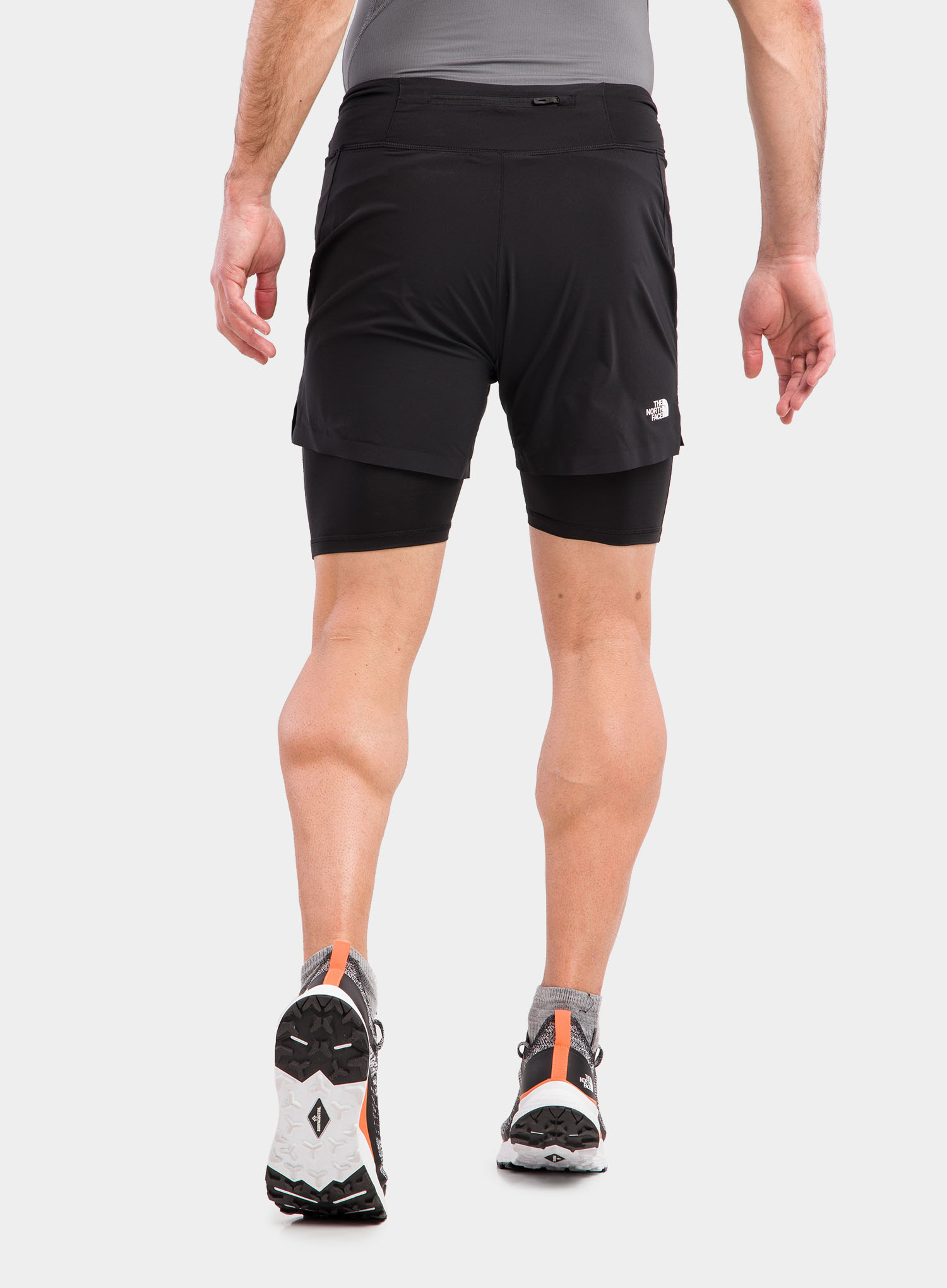 Spodenki The North Face Circadian Comp Lined Short - black - zdjęcie nr. 4