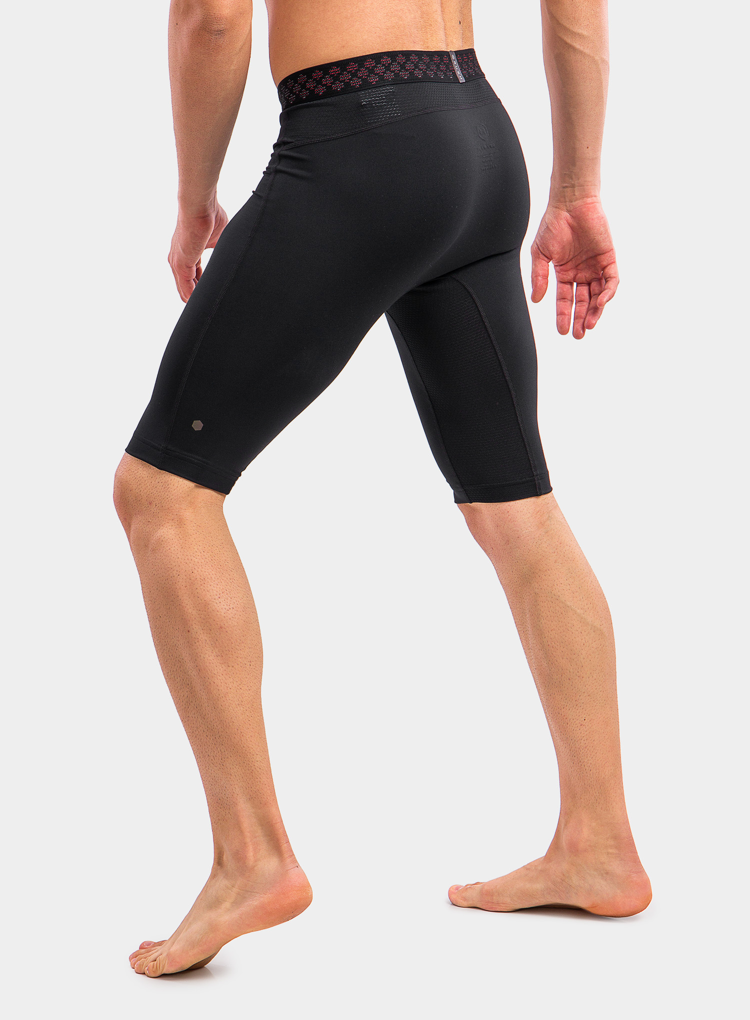 Spodenki Under Armour HG Rush 2.0 Long Shorts - black/black - zdjęcie nr. 7